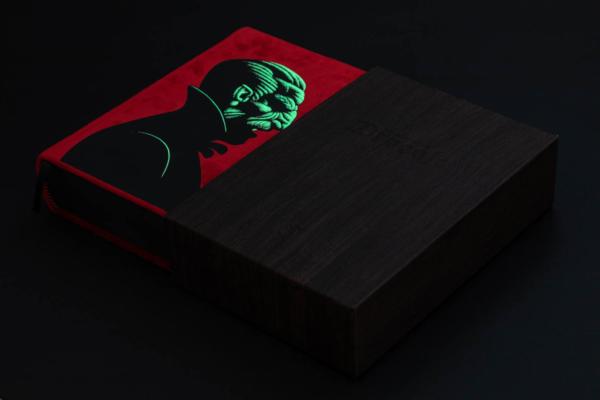 Dracula TE Book & Slipcase (Glow)